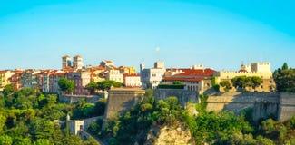 O palácio, Mônaco Ville, a catedral e os muralhas Fotografia de Stock