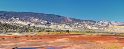 O panorama ajardina vistas da estrada à área e ao reservatório de recreação nacional do desfiladeiro do ardor que conduzem o nort fotografia de stock royalty free