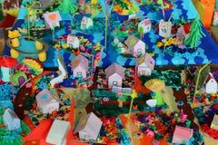 O papel colorido abriga feito a mão Imagens de Stock Royalty Free