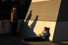O par maduro relaxa hamburgo Em junho de 2014 Fotografia de Stock