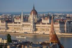 O parlamento em Budapest, Hungria Fotos de Stock