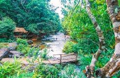 O parque nacional de Kirirom está na montanha de Kirirom situada na província Camboja de Speu do Kampong Fotografia de Stock