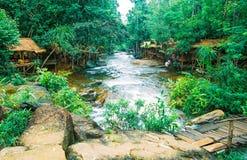 O parque nacional de Kirirom está na montanha de Kirirom situada na província Camboja de Speu do Kampong Fotos de Stock