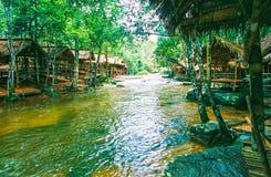 O parque nacional de Kirirom está na montanha de Kirirom situada na província Camboja de Speu do Kampong Foto de Stock