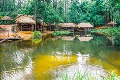O parque nacional de Kirirom situado em Kompong spue província Kingdom of Cambodia a cachoeira e a montanha bonitas Imagens de Stock Royalty Free