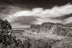 O parque nacional do recife do Capitólio está no deserto do sul do ` s de Utá Imagem de Stock