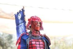 O participante do festival em um traje tradicional do samurai no Jerusalém do ` do festival do anuário Knights o ` imagens de stock royalty free