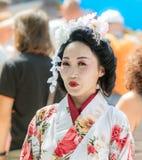 O participante do festival no vestido tradicional da mulher japonesa no Jerusalém do ` do festival do anuário Knights o ` imagem de stock