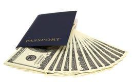 O passaporte e o dinheiro Imagens de Stock Royalty Free