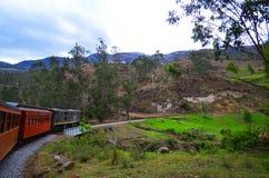 O passeio do trem do nariz do diabo, Equador imagem de stock