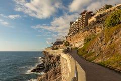 O passeio litoral de Porto Rico a Amadores, Gran Canaria, Ilhas Canárias, Espanha fotos de stock royalty free