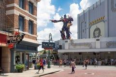 O passeio novo dos transformadores 3D em estúdios universais Florida Imagem de Stock