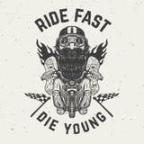 O passeio rápido morre jovens Caráter engraçado do motociclista no fundo do grunge Fotos de Stock