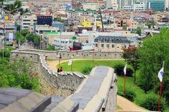 """O patrimônio mundial do UNESCO de Coreia situa fortaleza Hwaseong do †de """"e cidade de Suwon Foto de Stock Royalty Free"""