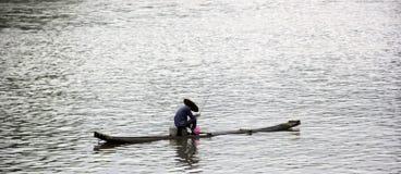 O pessoa está pescando Foto de Stock