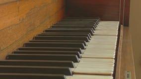 O piano velho foto de stock