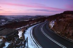 O pico branco no inverno Fotos de Stock Royalty Free