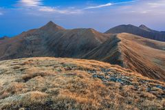 O pico de Moldoveanu em montanhas de Fagaras Foto de Stock Royalty Free