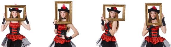 O pirata da mulher com a moldura para retrato isolada no branco imagem de stock royalty free