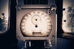 O placar do dispositivo velho do medidor de velocidade eleger fotografia de stock royalty free