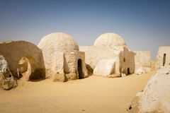 O planeta de Tatooine no deserto de Sahara imagens de stock
