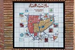 O plano de Medina em Kairouan, Tunísia, pintada em uma telha Imagens de Stock Royalty Free