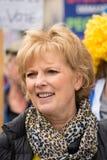 O PM de Anna Soubry ?p?-lo na demonstra??o do protesto aos povos ? imagens de stock royalty free