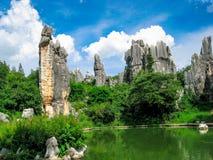 O ponto cênico da floresta de pedra em kunming de China fotos de stock