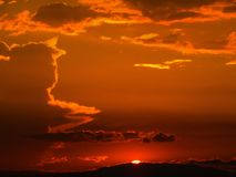 O por do sol acaba-se na Colômbia imagens de stock royalty free