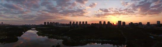 O por do sol do lago guanshan Fotos de Stock Royalty Free