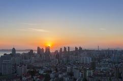 O por do sol em Qingdao fotografia de stock royalty free