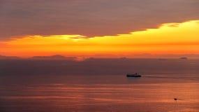 O por do sol em Seto Inland Sea fotografia de stock royalty free
