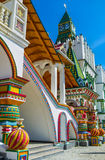 O porch& x27; decorações de s no estilo tradicional do russo fotografia de stock