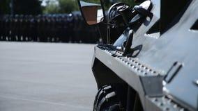O portador blindado, desfila forças especiais imagem de stock