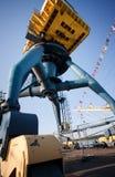 O portal cranes navios altos do amon Foto de Stock