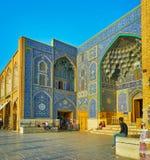 O portal da mesquita de Sheikh Lotfollah, Isfahan, Irã Fotografia de Stock Royalty Free
