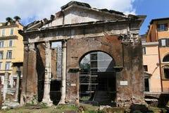 O Porticus Octaviae em Roma Foto de Stock