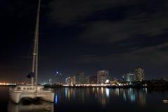O porto da cidade Fotos de Stock Royalty Free