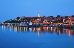 O porto da cidade velha de Nessebar na noite, Bulgária Fotos de Stock Royalty Free