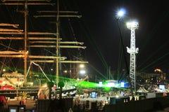 O porto da noite ilumina Varna Bulgária Fotos de Stock Royalty Free