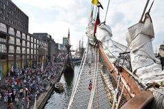 O porto de Amsterdão durante a vela 2015 Fotografia de Stock Royalty Free