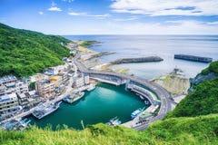 O porto de pesca ajardina - a opinião aérea do olho do pássaro do porto de pesca de Changtanli com o céu brilhante azul da manhã, Fotografia de Stock Royalty Free