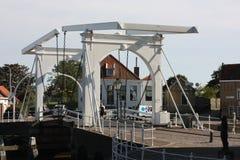 O porto de Zuidhaven é uma das três portas da cidade da cidade holandesa de Zierikzee Imagens de Stock Royalty Free
