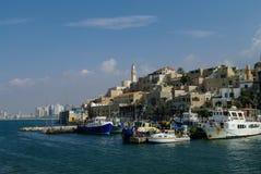 O porto velho com pesca envia em Jaffa Tel Aviv israel Foto de Stock