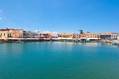 O porto venetian velho Cidade de Rethymno, ilha da Creta, Grécia Fotos de Stock Royalty Free