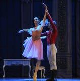 O príncipe da boneca e a dança de Clara - a quebra-nozes do bailado foto de stock royalty free