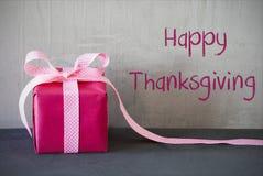 O presente cor-de-rosa, Text a ação de graças feliz Imagem de Stock