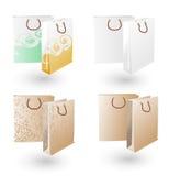 O presente de papel ensaca marcando com projeto diferente Fotografia de Stock Royalty Free