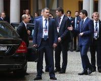 O primeiro ministro italiano Matteo Renzi encontra o presidente Vlad do russo Fotos de Stock