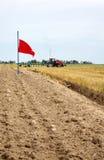 O primeiro sulco no campo após a colheita Fotografia de Stock Royalty Free